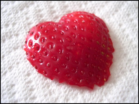Strawberry_Heart.jpg